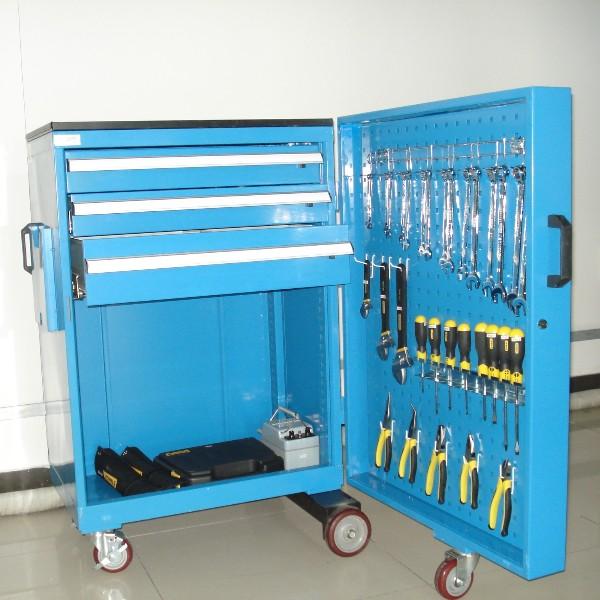 壁橱式工具车的功能配置和设计