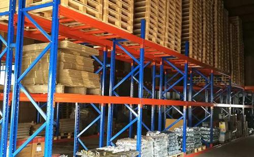 什么样的原材料适合用来定制阁楼货架