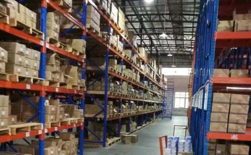 仓库货架制造商使用标准