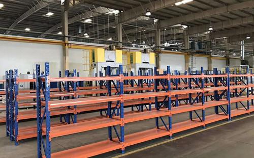 仓库货架中重型货架的承载能力分析